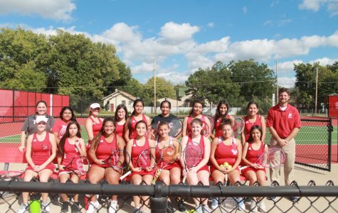 Girls tennis wraps up regular season
