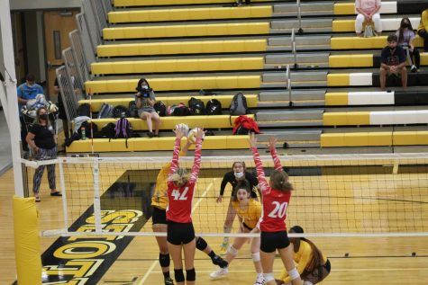 Mixed results for volleyball to begin season