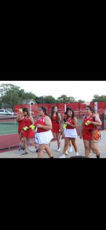 Girls Tennis lose to East